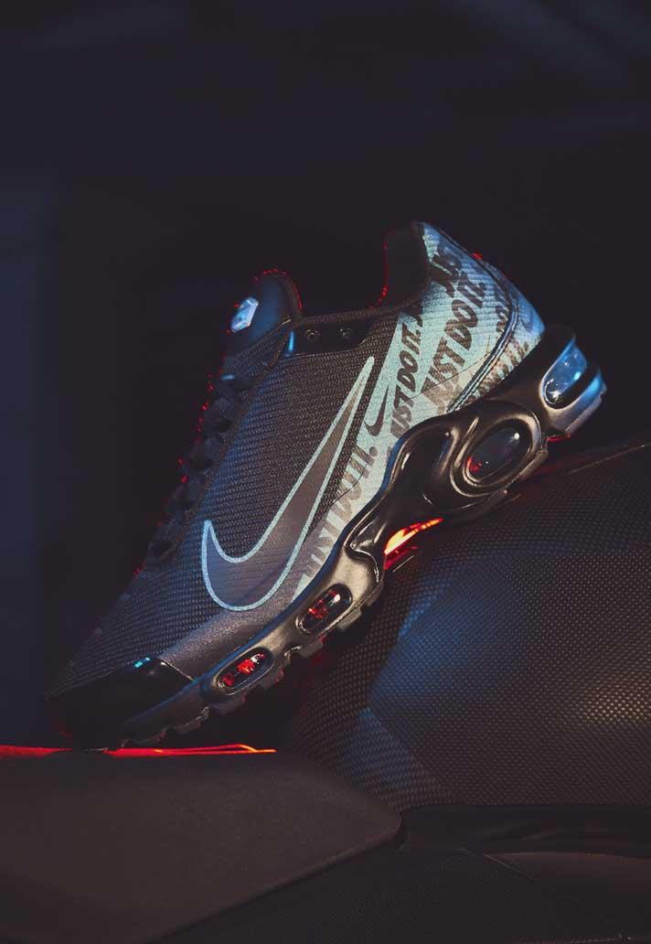 hot sales 368d4 4e5c4 Nike Launch Fresh Mercurial TN Sneakers - SoccerBible
