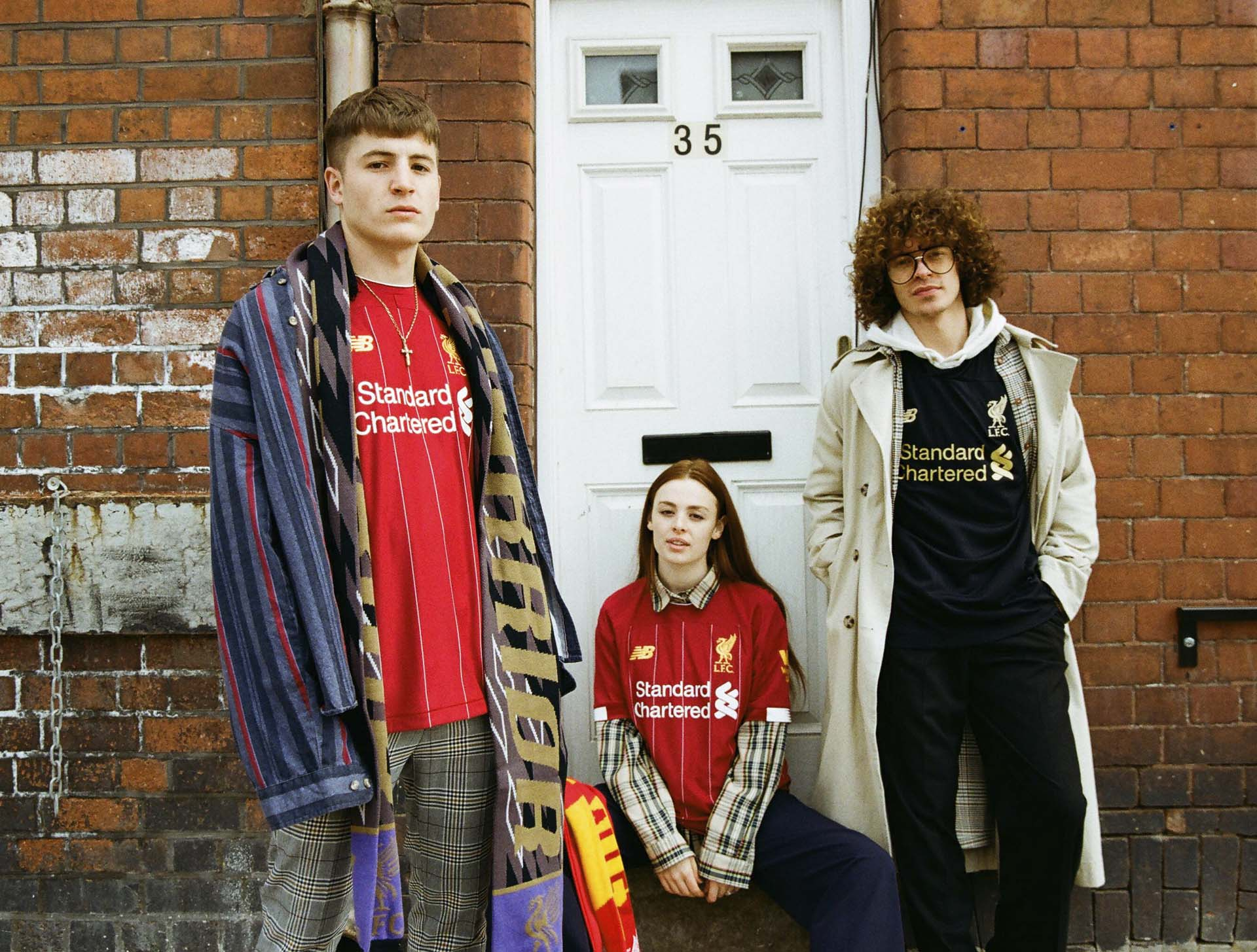 1-liverpool-19-20-lookbook-min.jpg