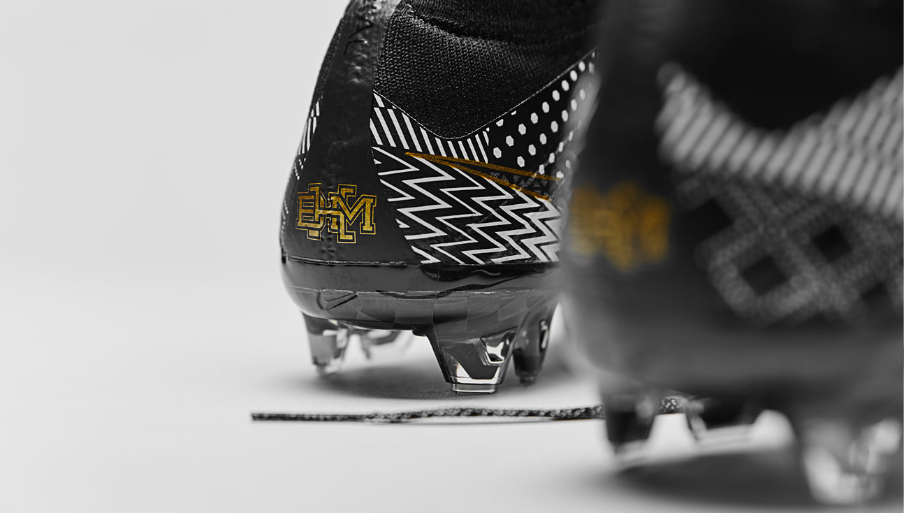 bc4c73ab4050 ... low price closer look nike mercurial superfly iv bhm b97b2 ad7d4