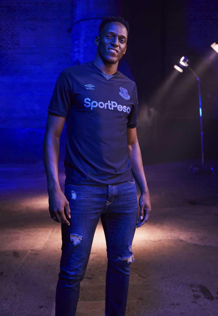 uk availability 627ff dc4a4 Umbro Launch Everton 2019/20 Third Shirt - SoccerBible